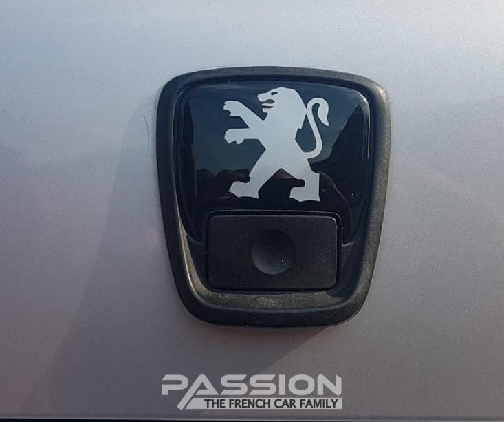 Achterklep embleem Peugeot 306
