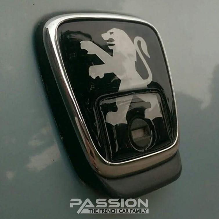 Achterklep embleem Peugeot 406